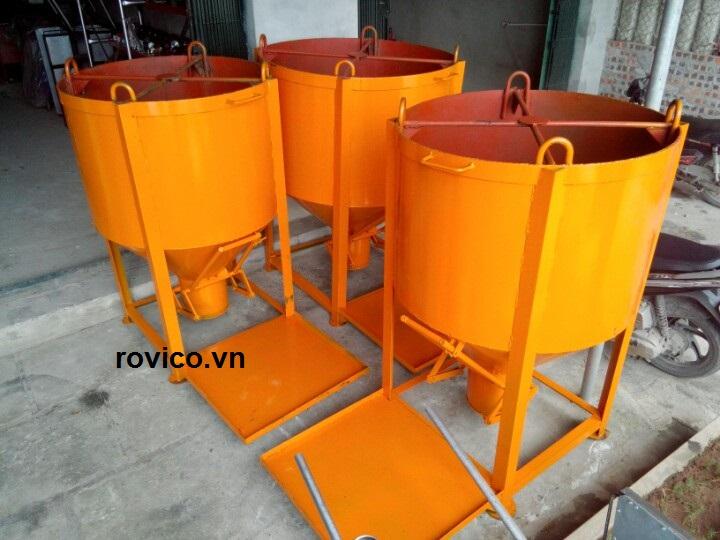 Rồng Việt sản xuất phễu đổ bê tông