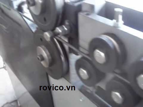 Đừng bỏ lỡ máy uốn đai thép tự động Rồng Việt