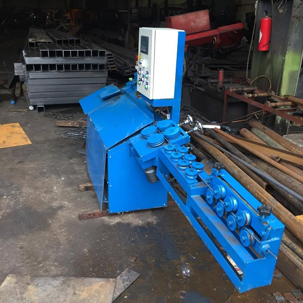 Điểm mạnh và cách chạy của máy uốn đai sắt tự động